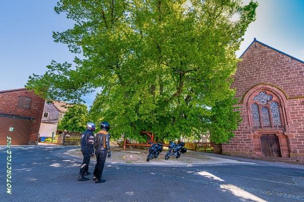 2019-06-03-motorradstrasse-hessen-693C10E28-20F1-5E95-F601-29AF1B81E669.jpg