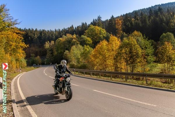 2020-09-ochsenkopf1-tour-01-fichtelgebirge-4937E45F9291-C7F0-1101-DEEF-FC402987D792.jpg