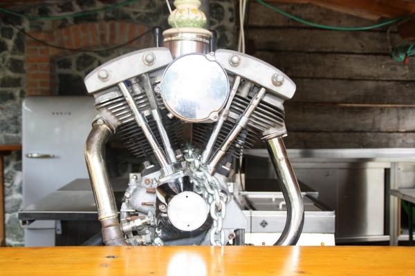 2017-11-06-bikerwirt-walter-biergarten127976B2-8A82-C67B-F2E5-45D35531E26A.jpg