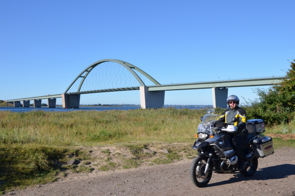 MOTORRADSTRASSEN - Motorradtouren Ostsee- Fehmarnsundbrücke © Frank Sachau