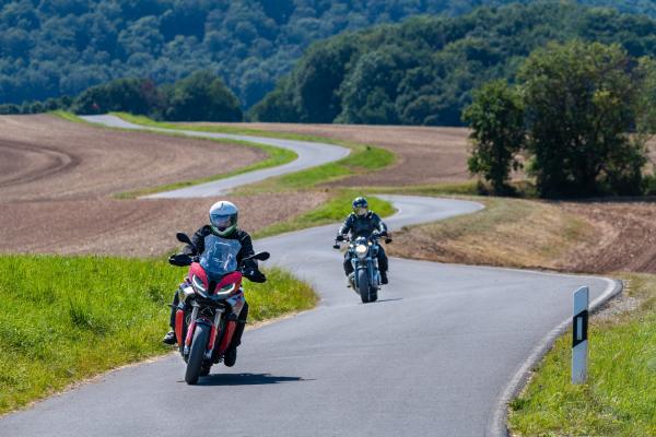 Motorradfahren im Harz ©Peter Wahl