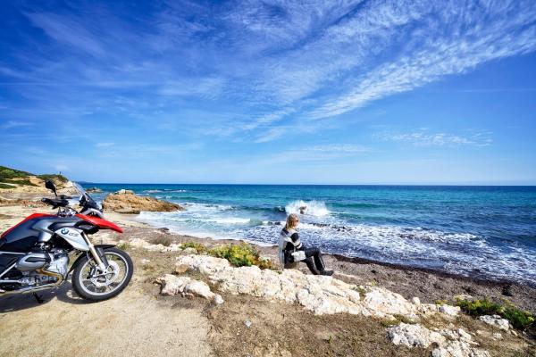 Motorrad fahren - Sardinien - Küste bei Santa Giusta © Heinz E. Studt