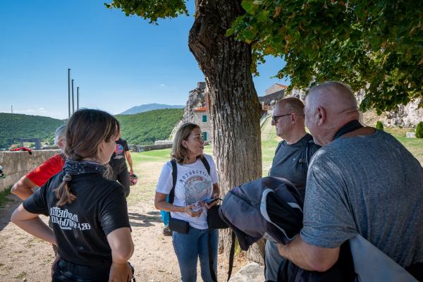 Motorrad fahren - Kroatien - Burg Festung Knin ©Peter Wahl