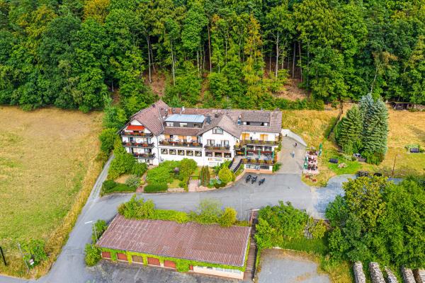 MOTORRADSTRASSEN-Partnerhaus im Odenwald - Gasthof Hotel Lärmfeuer