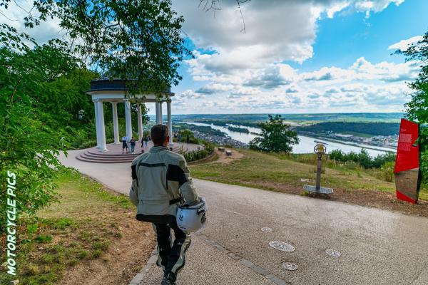 Blick vom Niederwalddenkmal auf den Rhein© Peter Wahl
